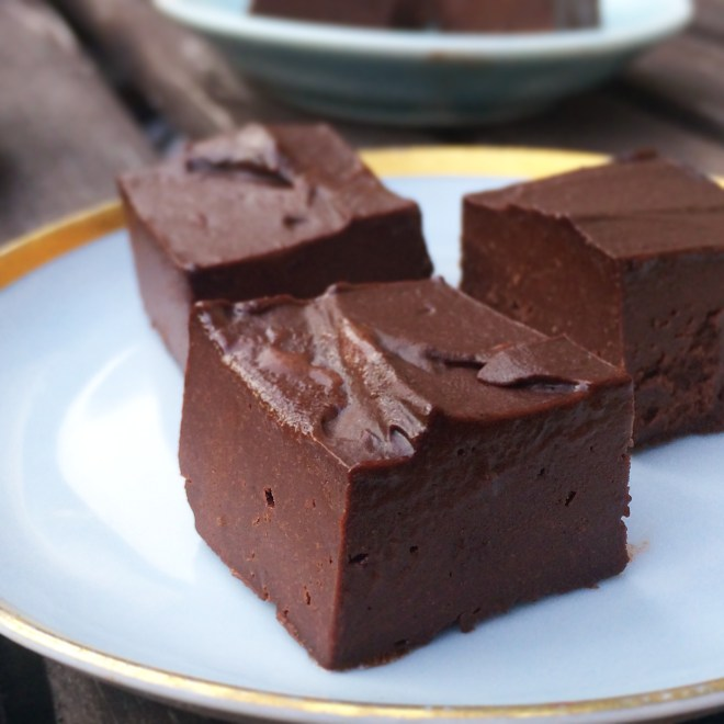 raw chocolate tryffles (vegan)