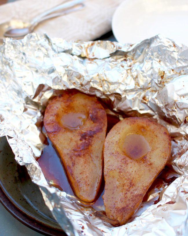 Kanelpäron med hasselnötskaramellsås