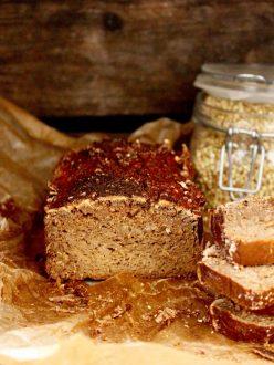 Groddat bovetebröd /sprouted buckwheat bread