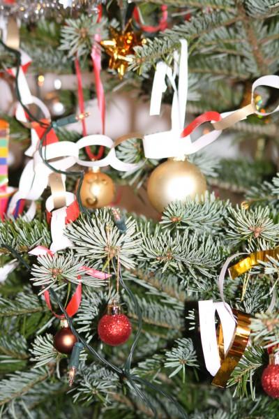 16+1 Juletræ og gaver og en rigtig dejlig aften
