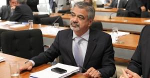 Senador-Humberto-Costa-PT-PE