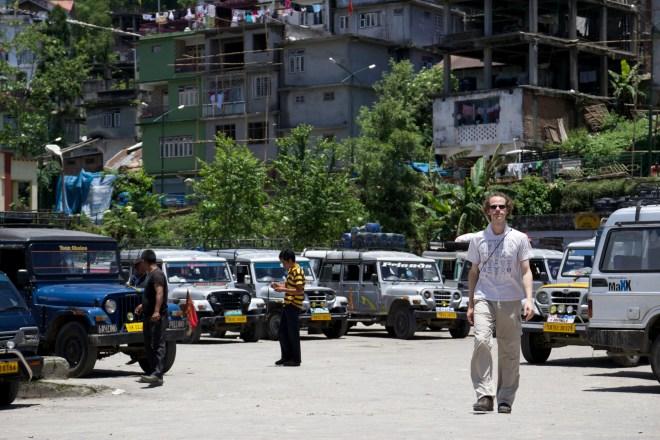 transports en Inde, jeep stand