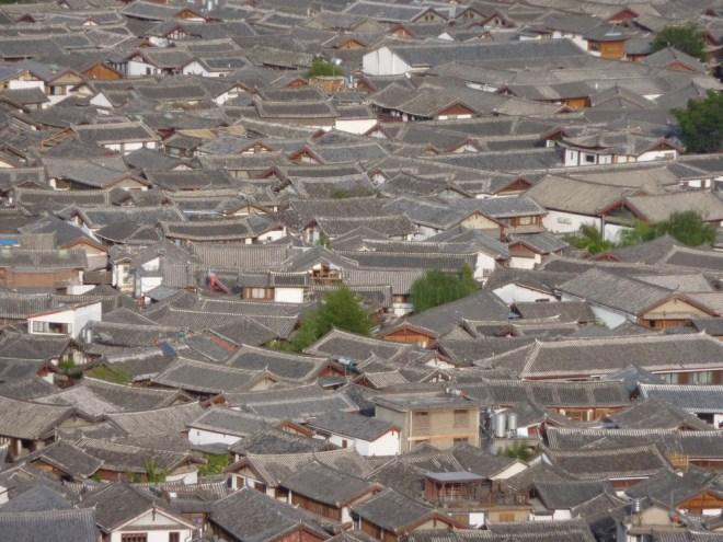 les toits de Lijiang au Yunnan