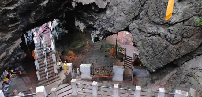 Nepal, Maratika, Halesi Mahadev, cave