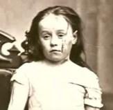 מארי אלן ווילסון . עד לפני 150 שנה, ילדים נתפסו כרכוש של הוריהם לכל דבר ועניין. הורה יכול היה למכור את ילדיו, לשלוח אותם לעבדות ואף להכות אותם למוות. סיפורה המזעזע של מארי אלן ווילסון, ילדה בת 9, שחוותה אלימות קשה מצד אמה המאמצת, היווה נקודת מפנה ביחס לילדים במערב ובעולם כולו.