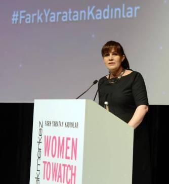 Nil's HR CAFE Fark Yaratan Kadınlar Gezi ve Keşif Notları Şemsiyemde Neler Var?