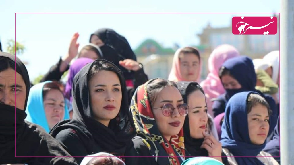 زنان در ولایت دایکندی در برگزاری برنامههای فرهنگی-هنری همیشه نقش اساسی دارند.
