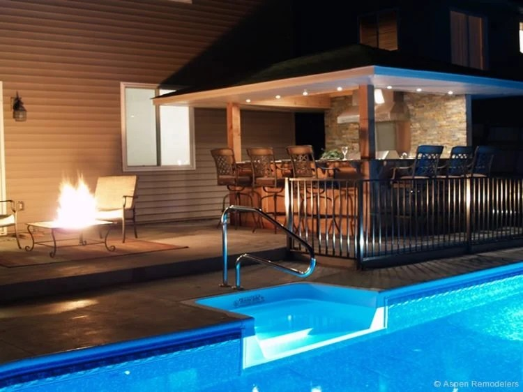 20 Gorgeous Poolside Outdoor Kitchen Designs on Backyard Pool Bar Designs  id=92443