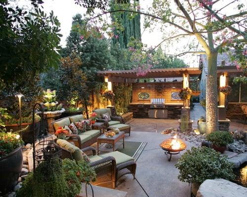 20 Backyard Entertainment Areas That Will Blow You Away on Garden Entertainment Area Ideas id=99588