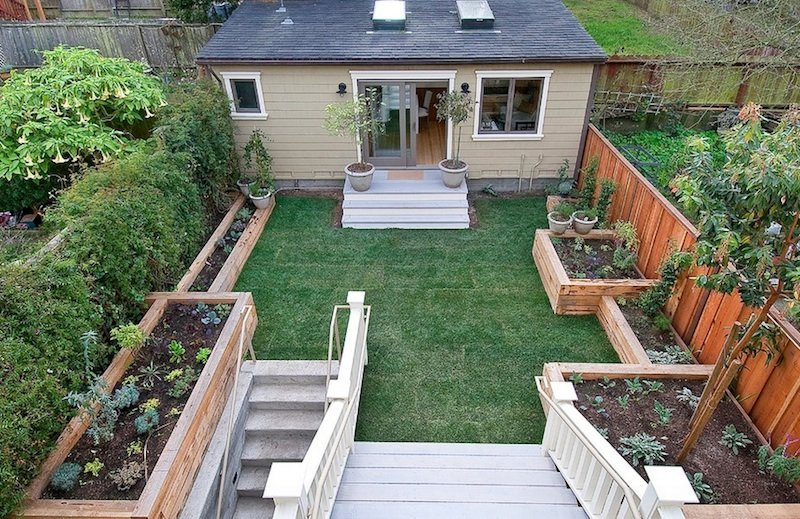 20 Small Backyard Ideas To Make it Look Bigger on Small Backyard Entertainment Area Ideas id=55139