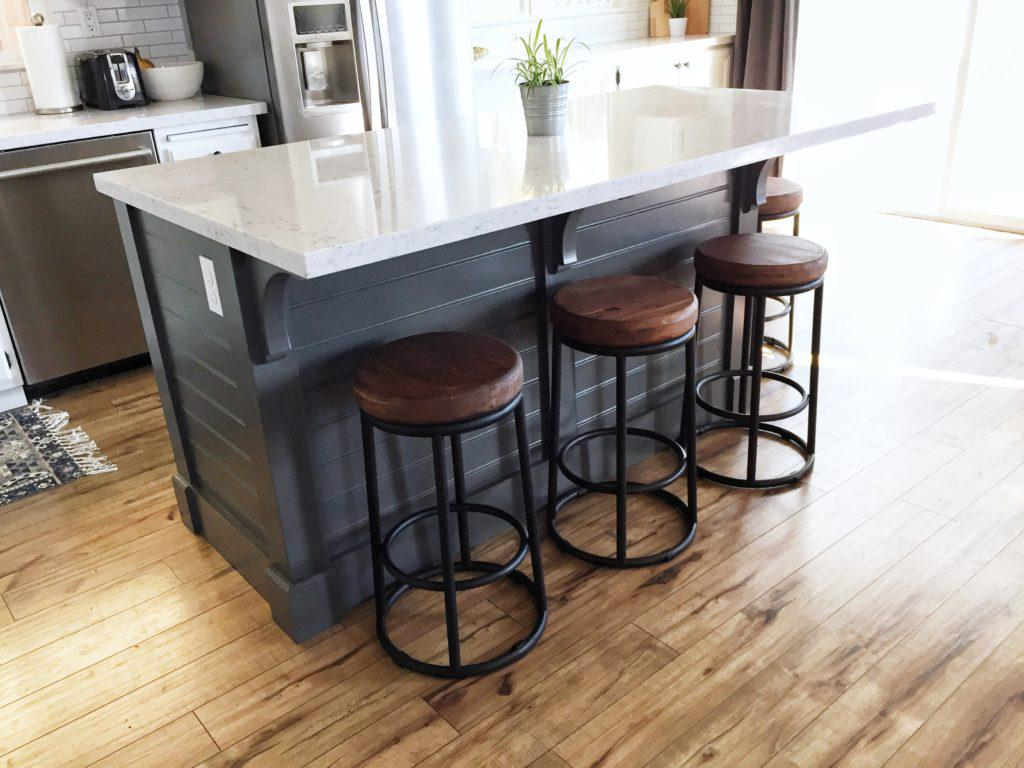 How To Choose The Right Portable Kitchen Island