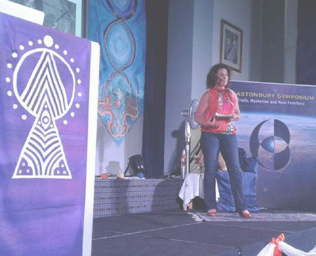 Glastonbury Symposium, Nina Elshof