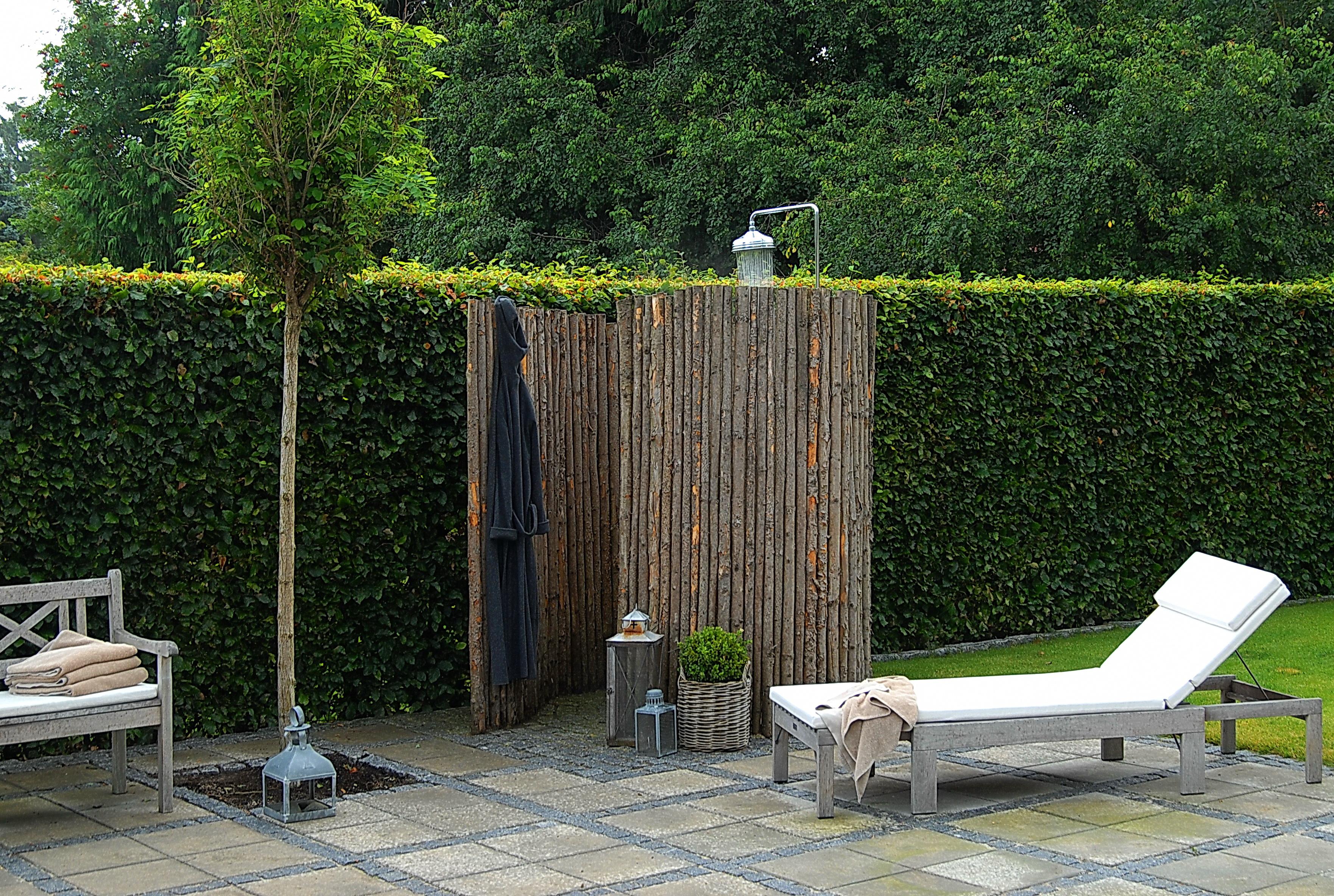 ForlÆng sommeren med et udendØrs brusebad   nina ewald