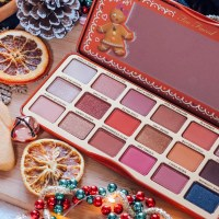TOO FACED GINGERBREAD EXTRA SPICY PALETTE - REVIEW & SWATCHES