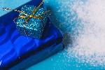 クリスマスプレゼント~大人の女性への贈り物は何が良い?喜ばれる価格はいくら?