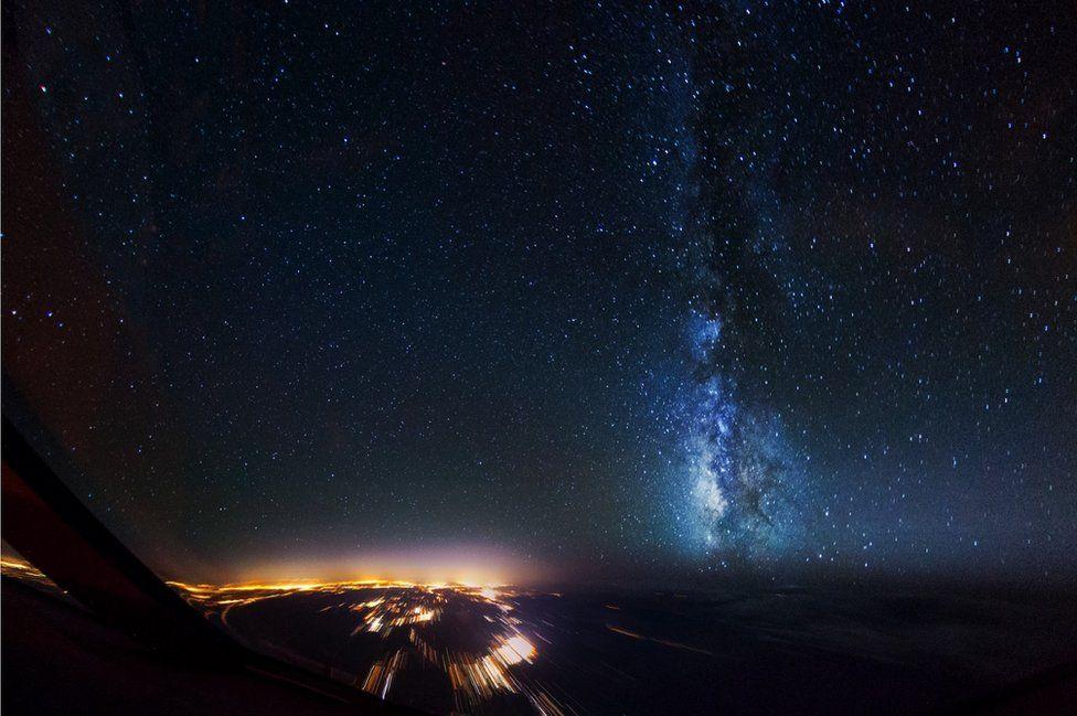 _95131785_1night-sky-milkyway-sanfrancisco_1600px
