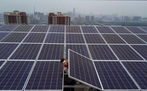 La Cina consuma più elettricità di qualsiasi altra nazione al mondo, ma è anche il principale produttore di energia solare.