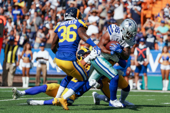 Elliott holdout continues and other preseason stories in the NFC East