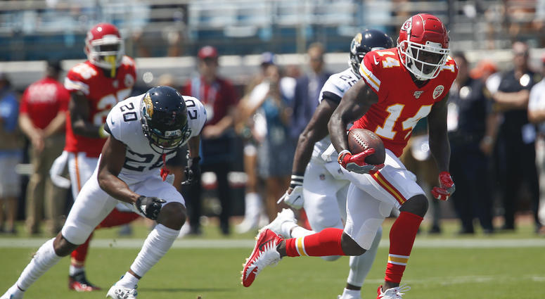 Chiefs open up in mid-season form