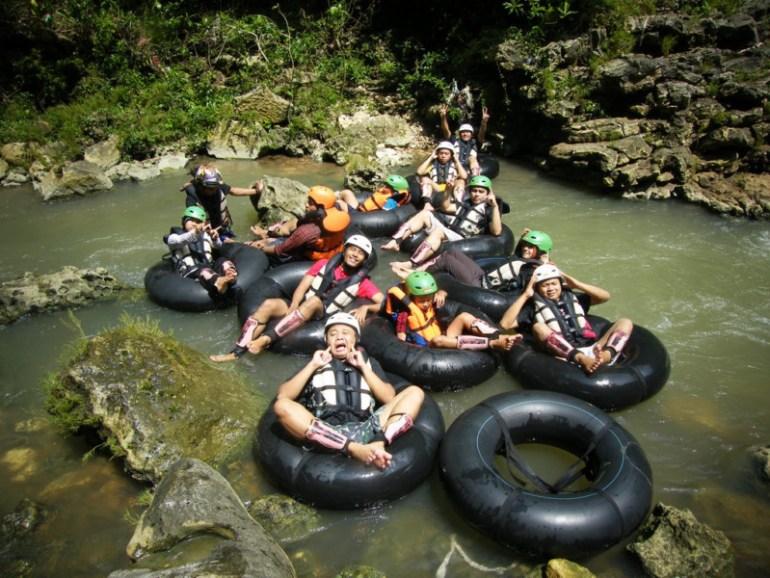 Cave Tubing Gua Kalisuci Yogyakarta