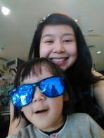 Aria rather liked Ee Teow's sunglasses