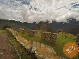 Machu_Picchu_comcriança_43