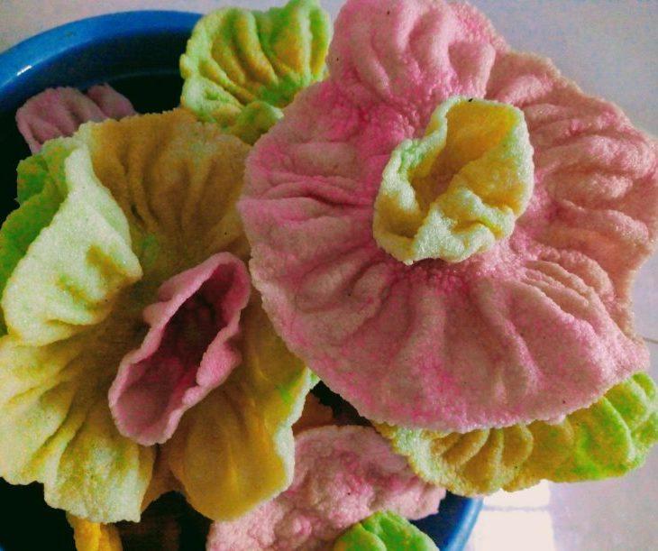 foto kerupuk kembang rose