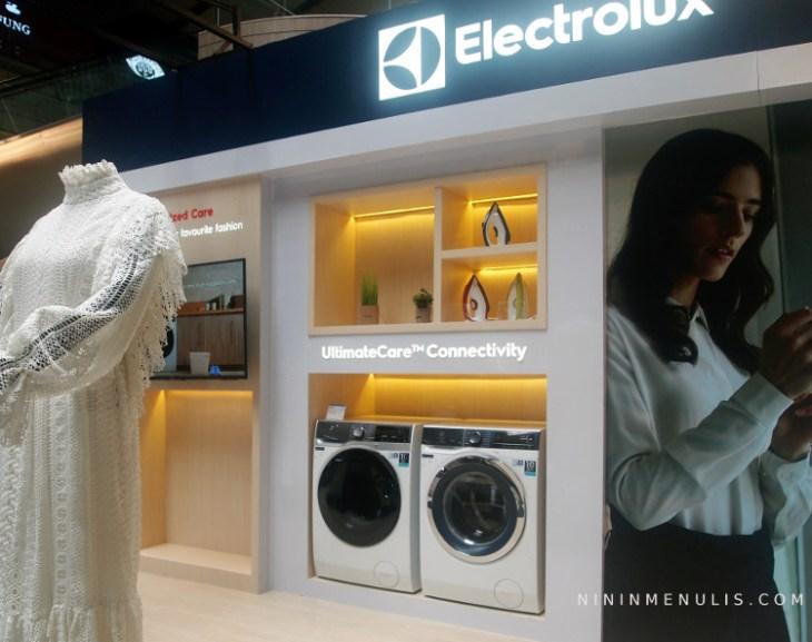 """Electrolux UltimateCare""""900"""