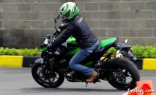Z800_test_ride-12