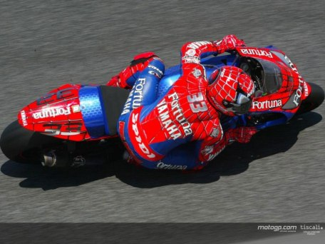 motogp_04_estoril03_lge