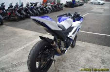 R15_racing_040 (Copy)