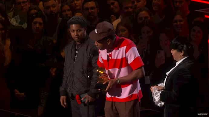 Nintendo Switch Spotted At 62nd Grammy's Awards 1