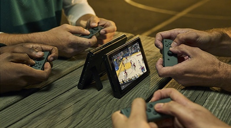 feat-switch-4-player