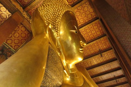 Grand Bouddha couché.