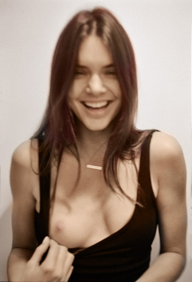 Kendall Jenner Showing Her Breast 2