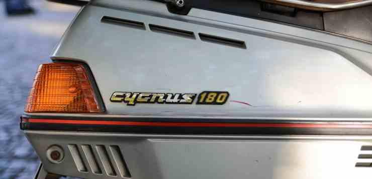 Das Typschild des Cygnos