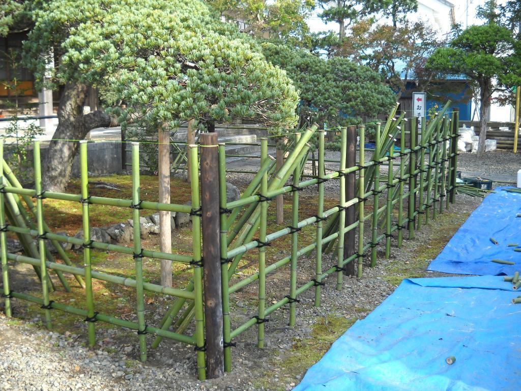 四つ目垣の作り方
