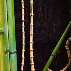 竹の根を使用した創作垣