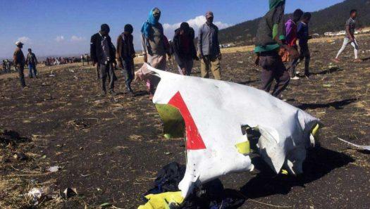تحول الطائرة الإثيوبية إلى شظايا بعد دقائق من إقلاعها   رويترز