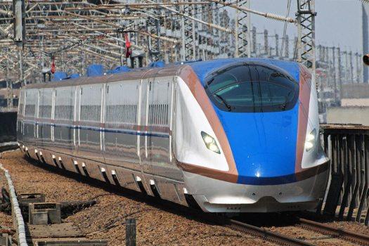 قطار رصاصة من سلسلة E7 | عبر ويكيميديا