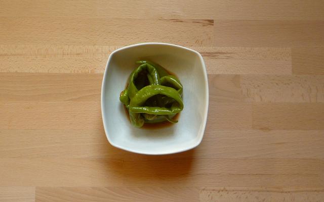 TOGARASHI NO NIMONO – gekochte Peperoni