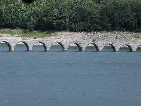 タウシュベツ橋梁