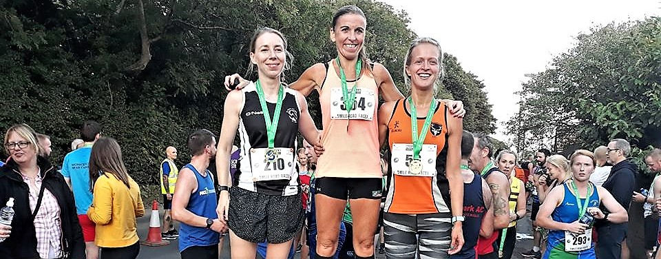 Oisin Gallen and Cathy McCourt secure top honours at Mallusk Harriers 5 mile Road Race!