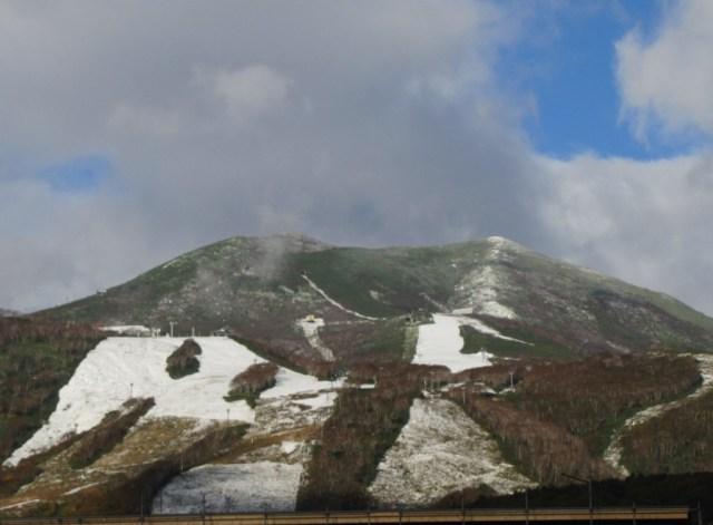 First Winter 2015/16 Snowfall in Niseko