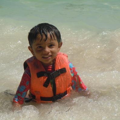 piglet-snorkeling