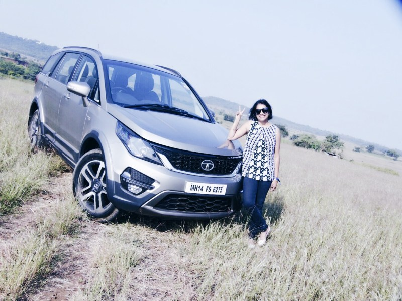 Posing with the Hexa in the grasslands