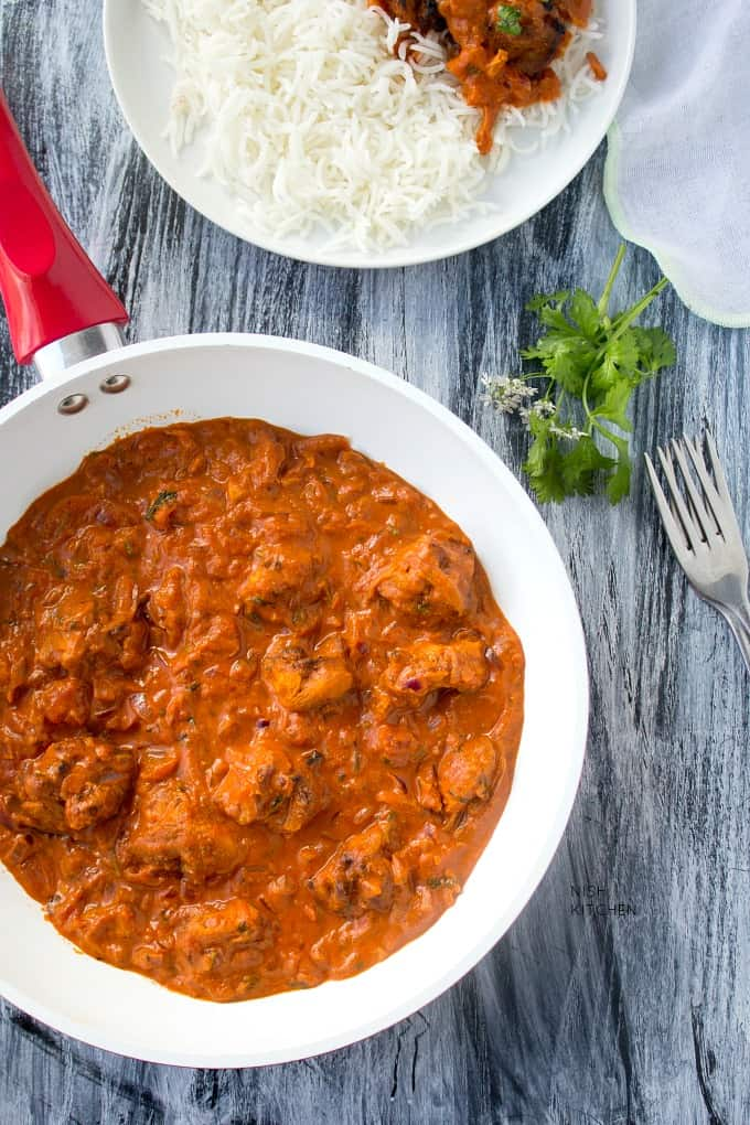 Authentic chicken tikka masala recipe video nish kitchen authentic chicken tikka masala recipe indian breads forumfinder Image collections