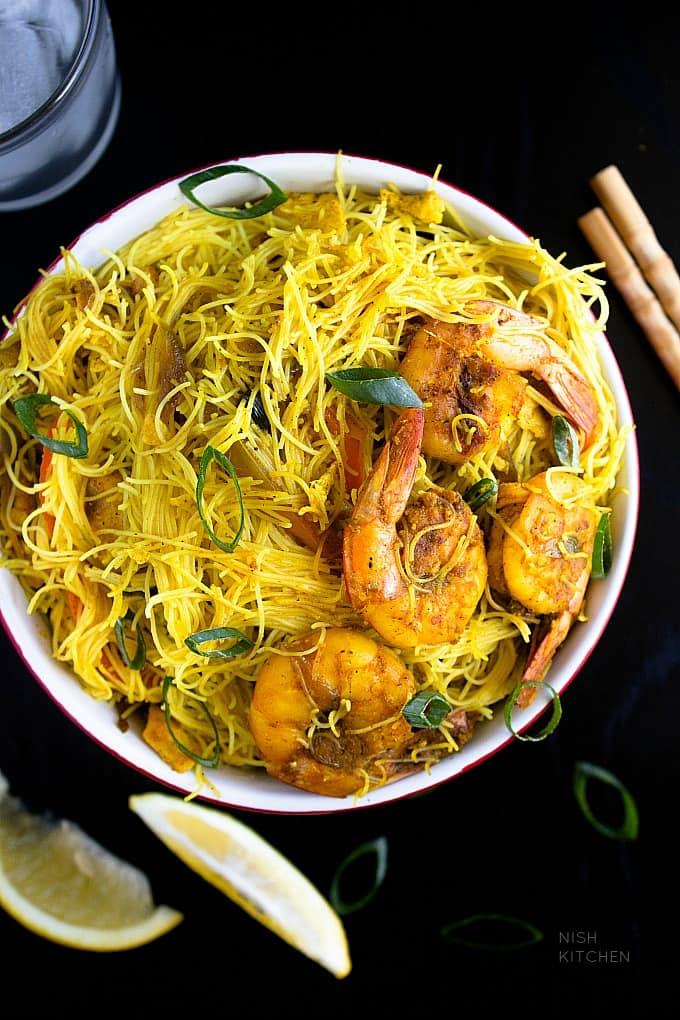 Singapore noodles video nish kitchen singapore noodles recipe forumfinder Images