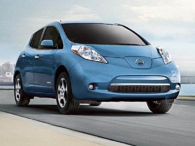 2015 Nissan Leaf front view