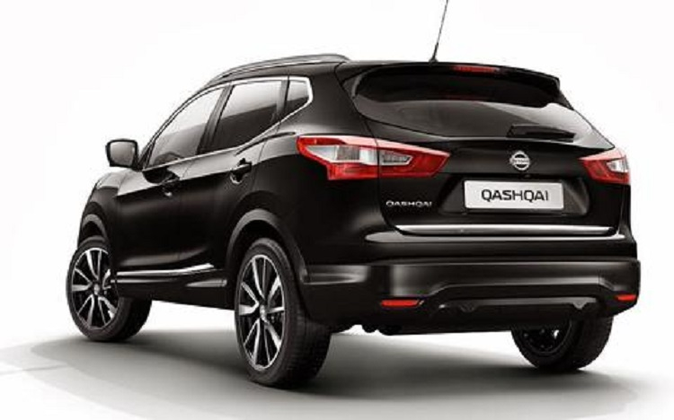 2016 Nissan Qashqai rear view